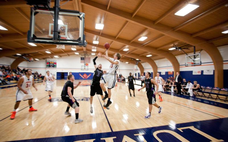 wisconsin la crosse basketball