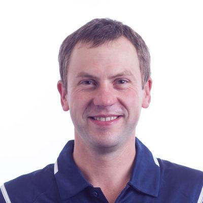 Peter Macky headshot
