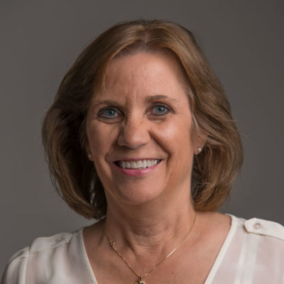 Sue Reader headshot