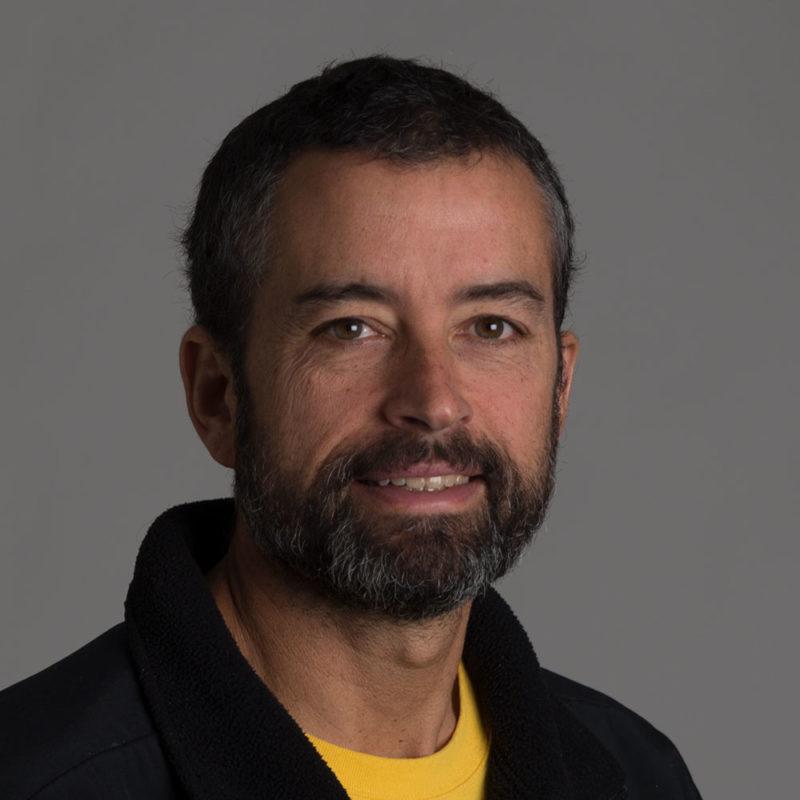 Greg Weiss headshot faculty