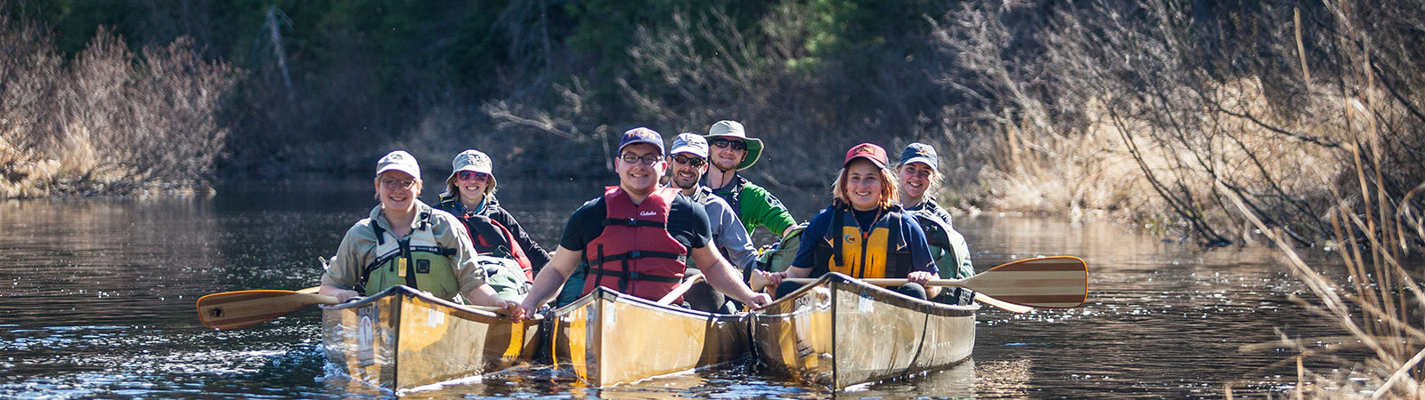 Northland students in canoes