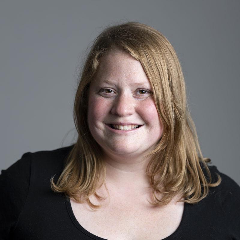 Melissa Kjelvik, faculty